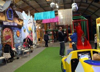 Flying Kids - Centre de loisirs couvert et d'excursions scolaires